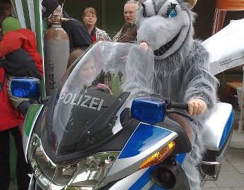 ratte-polizei-motorrad
